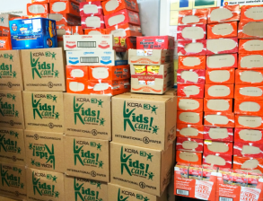 Ramen&Boxes filled wCans