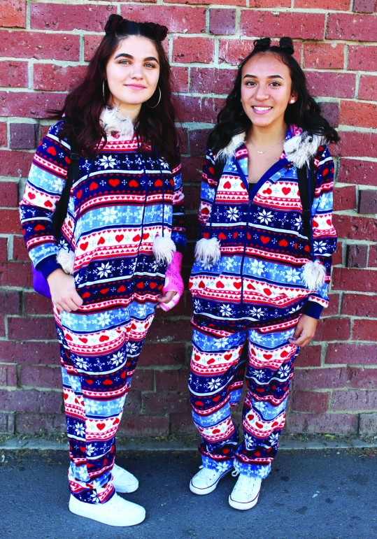 Spirit week twins day. Photo by Nickee O'Bryant